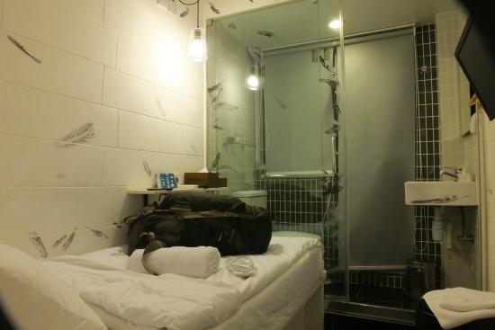 Just Inn: single room