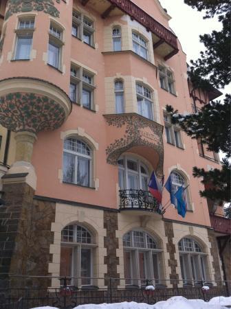 Hotel Smetana-Vysehrad: Přední část hotelu