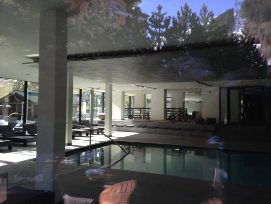 Hotel Madlein: Pool