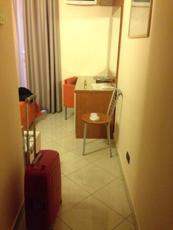 Hotel Del Corso: Entrée chambre