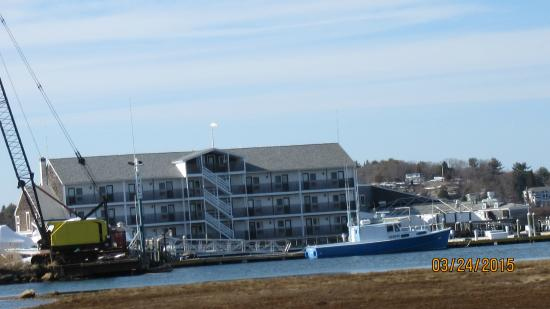 Cape Ann's Marina Resort: View of complex across inlet