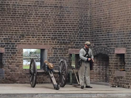 Old Fort Jackson: Preparing to fire the cannon
