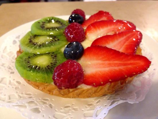 Caffe Sicilia: Fruit tart