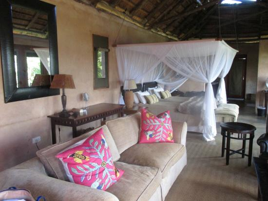 Lower Zambezi National Park: Our room during our stay