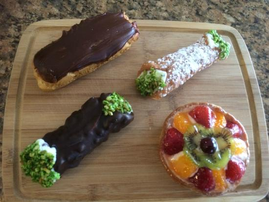 D'Amato's Bakery: Our desserts