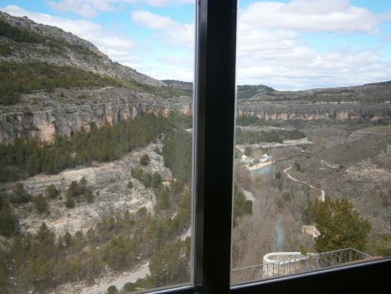 Hostal Tabanqueta Cuenca: Vista desde una de las ventanas de la habitación.