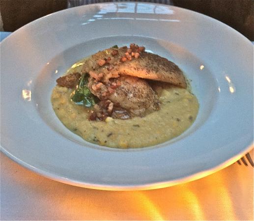 Brix & Mortar Restaurant : Rock fish entree