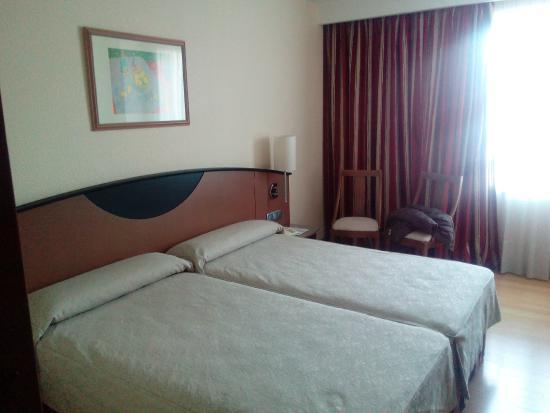 Hotel Albret: Habitación.