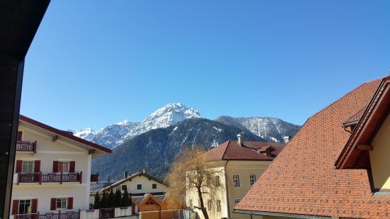 Ariston Dolomiti Residence: vista dalla camera