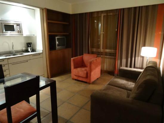 Atlantida Apartments: Seating/Dining area