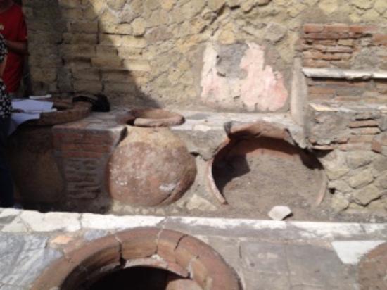 Ruins of Herculaneum: Gasthaus antik