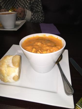 The Quay: Chicken & Tomato soup