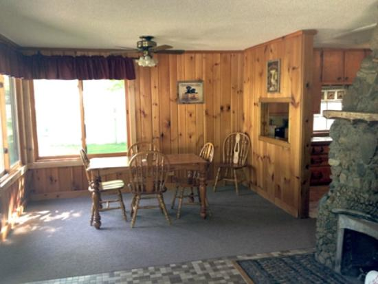 Tenstrike, MN : One of our cabins