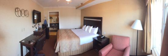 Westminster, CA: Room with King Bed