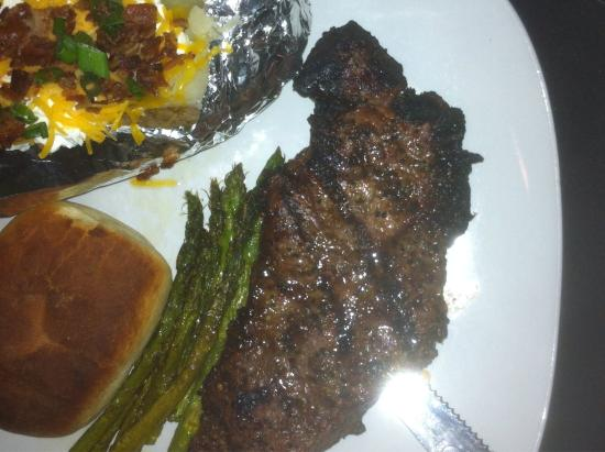 Memories & More Restaurant and Piano Bar: Steak with baked potato and asparagus