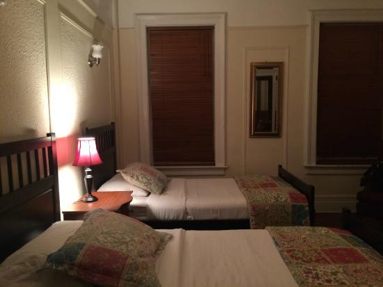 Lefferts Manor Bed & Breakfast: O'Neal Room of Leffert Manor B&B