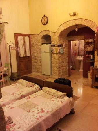 Beit Yosef Bed & Breakfast: One of our two rooms (and bathrooms)
