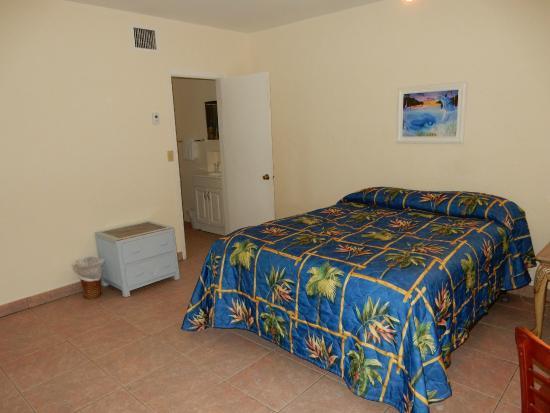 Stone Ledge Paradise Inn Motel: room 20