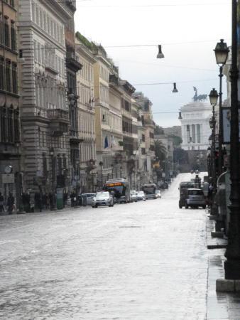 Hotel Seiler: via nazionale vista di piazza venezia