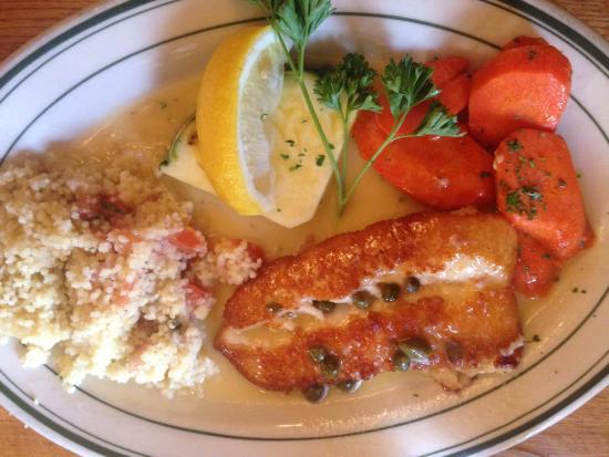 Baldwin Saloon: Yum! A split halibut dinner!