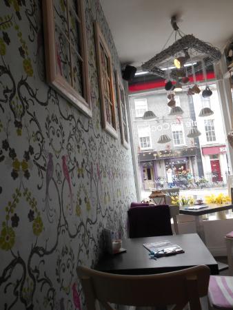 Cafe La Coco: Blick zur Straße