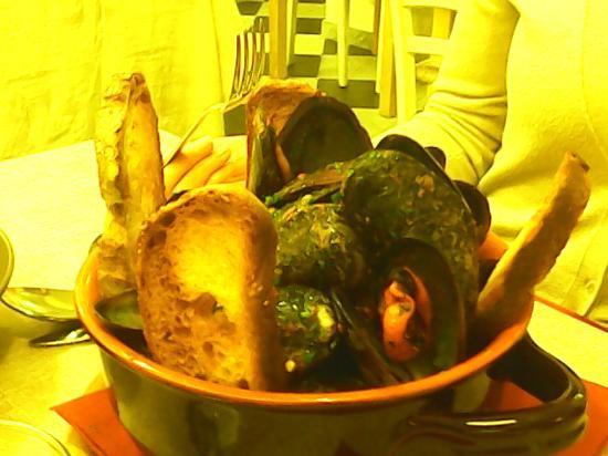 officina di cucina zuppetta di cozze piccante