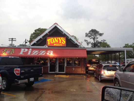 Tony's Pizza: The drive thru always has a line and the parking lot is ...