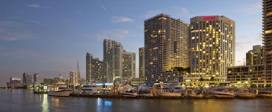 Miami Marriott Biscayne Bay: Marriott from waterview