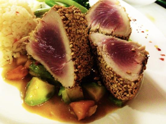 Turtle Bay Cafe: Sesame croasted Tuna