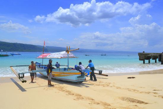 Banana Island: Boat Krui - Pulau Pisang vv