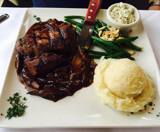 Old Mission Tavern: Beef Tenderloin