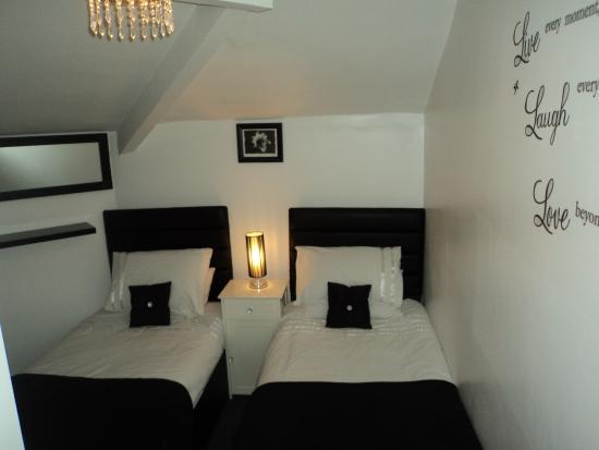 Ardern Hotel : twin room