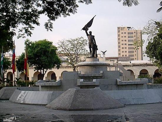 Plaza Girardot de Maracay