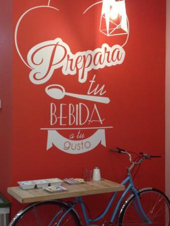 Pie in the Sky: Cool set up ( next door is a bike shop too!)