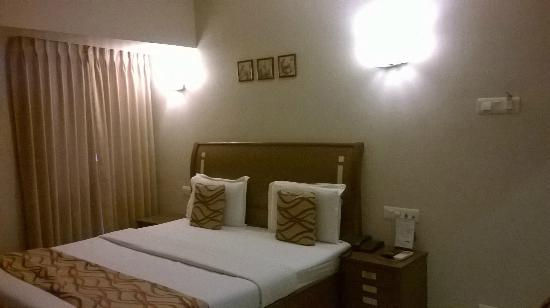 Hotel Accolade: Executive room - neat & clean bed linen