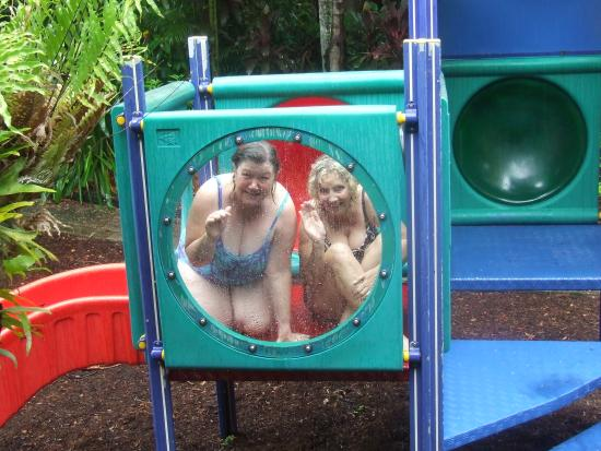 Cool Waters Holiday Park: 2 big kids in the