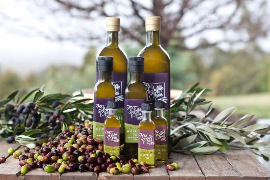 Porepunkah, Australië: Mt Buffalo Olives - Extra Virgin Olive Oil - drizzle a little often