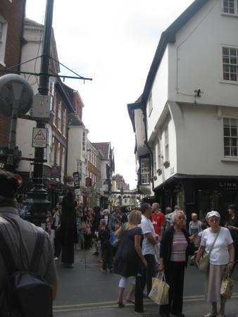 Busy entrance to Stonegate