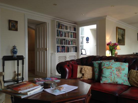 Glenegedale Guest House: Salon for reading
