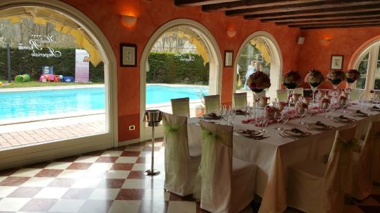 Hotel Roma Imperiale: Sala e vista piscina