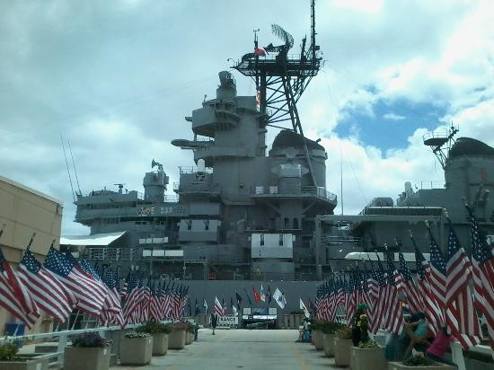 Pearl Harbor Website - Day Tours