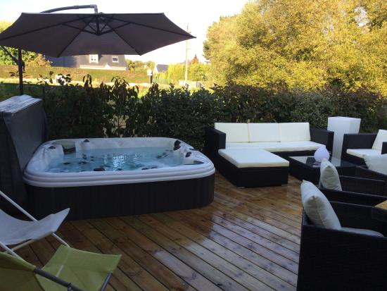 terrasse avec jacuzzi photo de la villa d 39 escoublac la. Black Bedroom Furniture Sets. Home Design Ideas