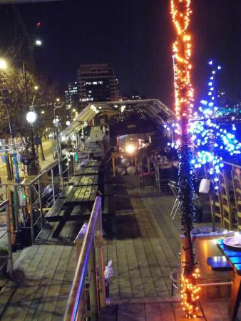 Tamesis Dock: boat
