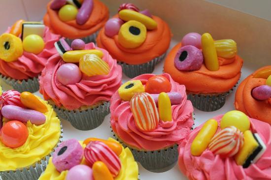 Nom Nom Cupcakery
