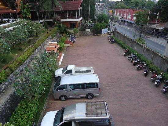 NovaSamui Resort Koh Samui: Carparking