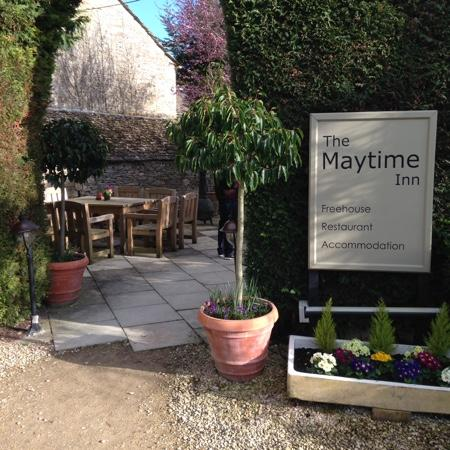 The Maytime Inn : our first impression