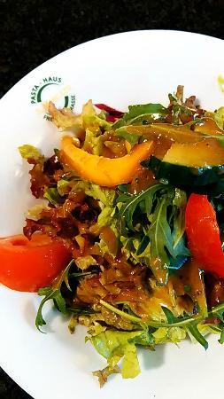 Il Mercato Pasta Haus: Beilagensalat zu Fisch & Fleisch