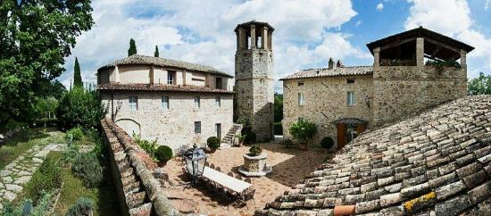 Le Torri Di Bagnara : Pieve San Quirico castle (main villa -  7 bedrooms + 9 bathrooms)