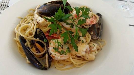 marinara in oil ,chilli and garlic