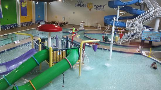 Ray's Splash Planet: View of the waterpark from above